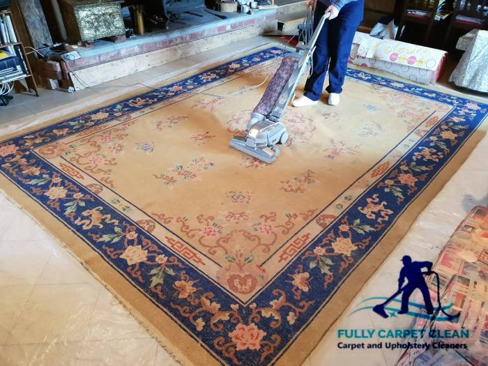 Professional rug cleaning in Fulham